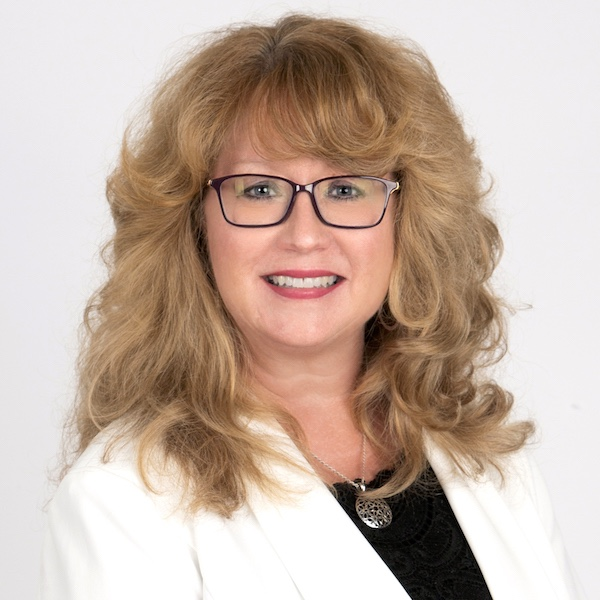 Amanda Roberts, Real Estate Agent with Four Columns Realty